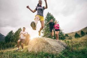 Sport auf der Alm mit Freunden