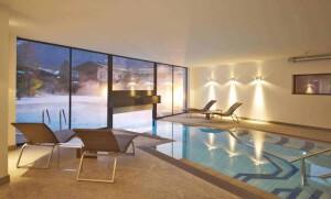 Design & Wellness Hotel Alpenhof Schwimmbad