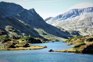 Wandern - Erfrischung im Bergsee