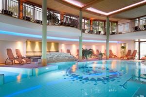 Das European Ayurveda Resort Mandira ist an eine Thermalquelle angebunden.