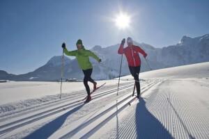 Langlaufen in Abtenau, in der Region Lammertal, imacht mit 100 Loipenkilometern besonders viel Spaß.